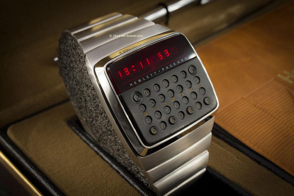 1977 Hewlett-Packard HP-01 LED LCD calculator digital ...