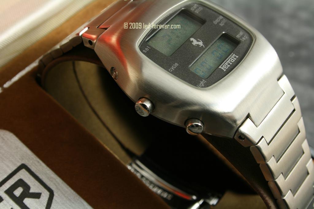 Heuer Chronosplit LCD Ferrari 6
