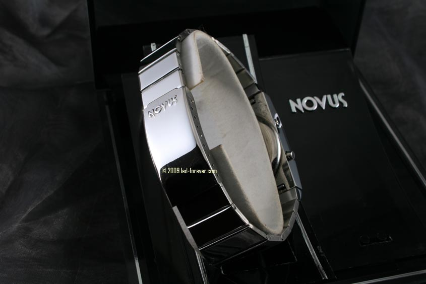 Novus LED watch